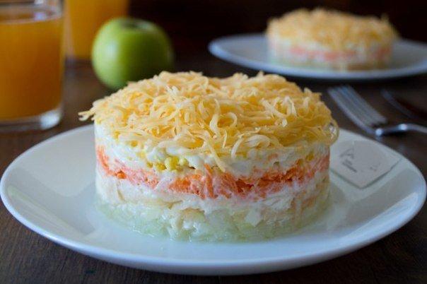 Салат французский с яблоком и сыром рецепт